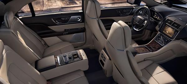 2017 Lincoln Continental Price5