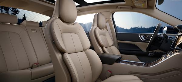 2017 Lincoln Continental Price7