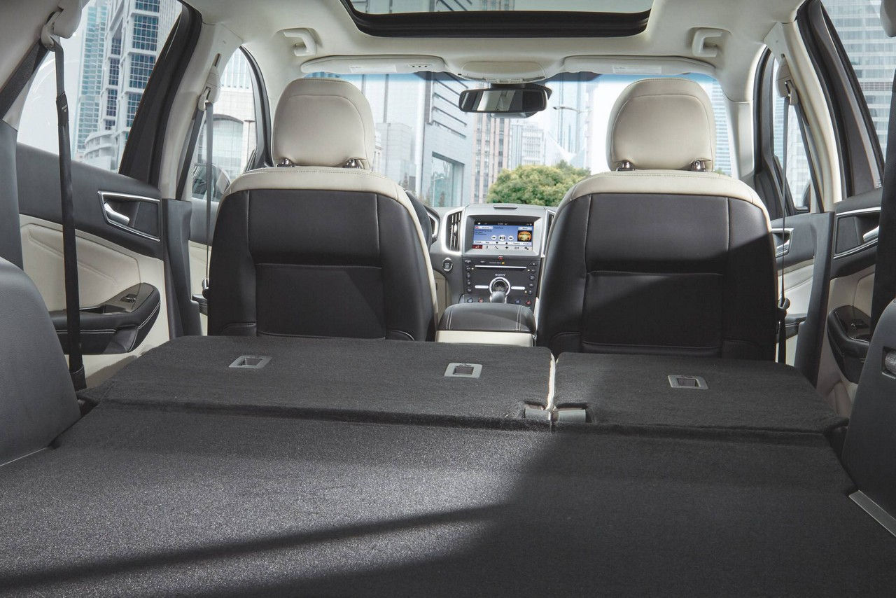 2018 Ford Edge Titanium14