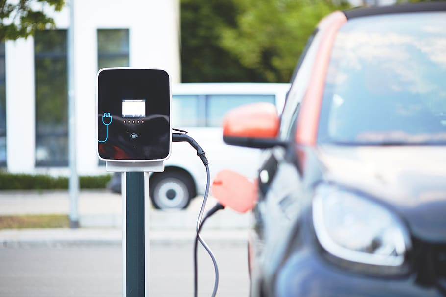 Why People Are Switching to Electric Cars